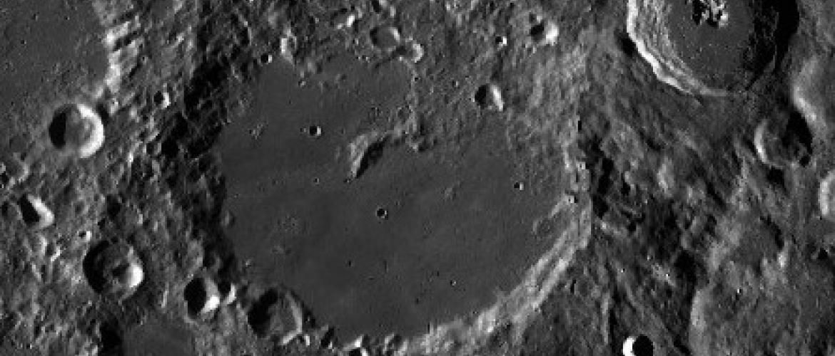 China explores lunar craters