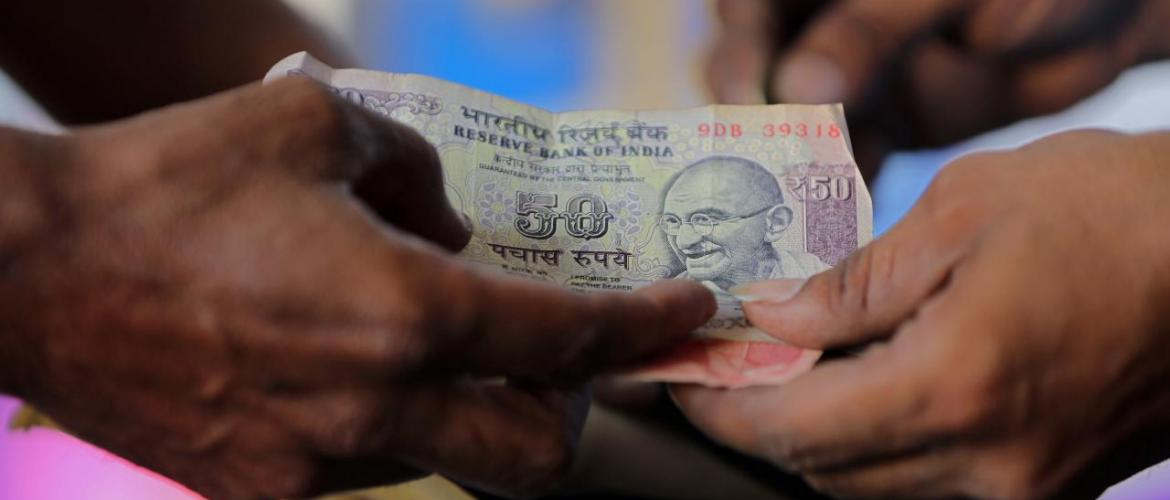 India's fiscal deficit at 5.95 trillion rupees