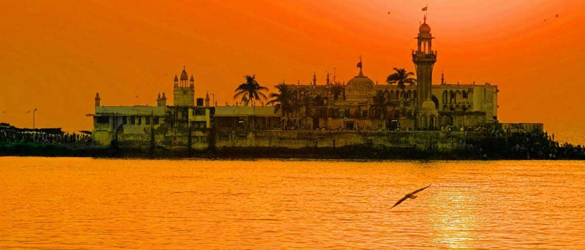 The Ray of Hope- Haji Ali