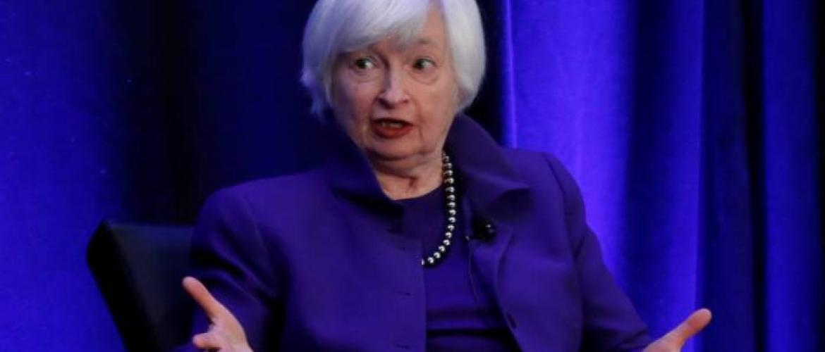 Former Fed chairs advocate carbon tax